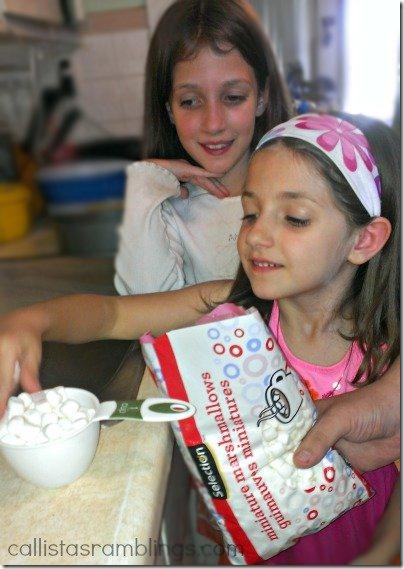 Kelloggs Rice Krispie Cake | Callista's Ramblings